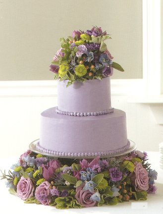 Wedding Decorations Wholesale on Decorating Your Wedding Cake With Flowers   Wholesale Wedding Flowers