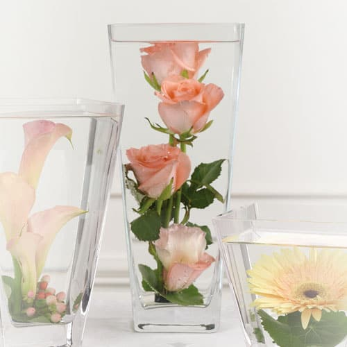 "Centerpieces that give ""putting flowers in water"" a new meaning"