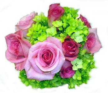 Green flowers in your wedding arrangements budget friendly beauty even make your wedding theme green mightylinksfo