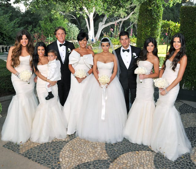 weddings using Kim Kardashian 39s style as a template Her bouquet is a