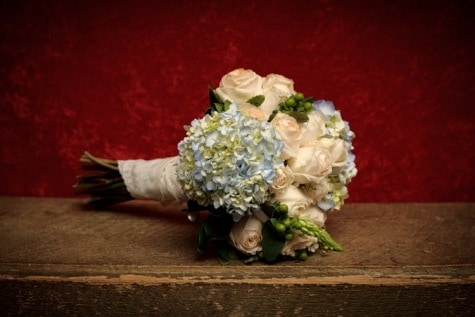 Real DIY Wedding – Wholesale Wedding Flowers to the Rescue!