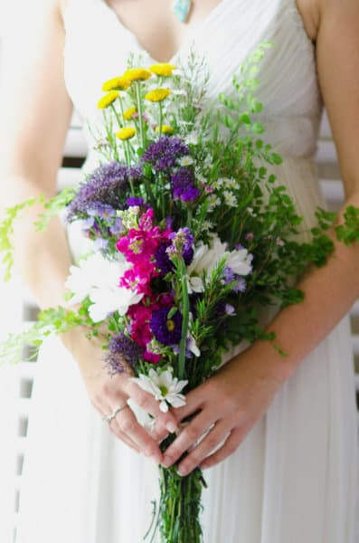 wildflower bouquets for weddings wedding wildflower arrnagements 1411