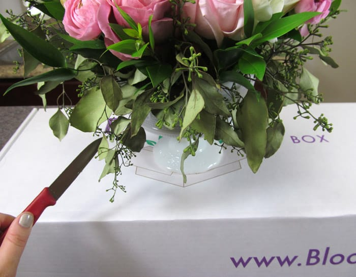 How to Transport Wedding Arrangements to Venue