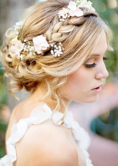 Simple DIY Wedding Flower Hair Designs