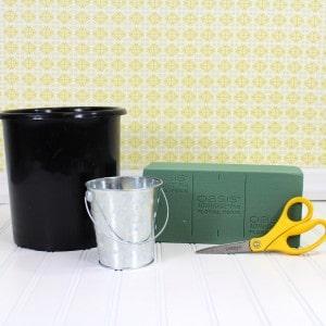 how to prepare a possy box arrangement