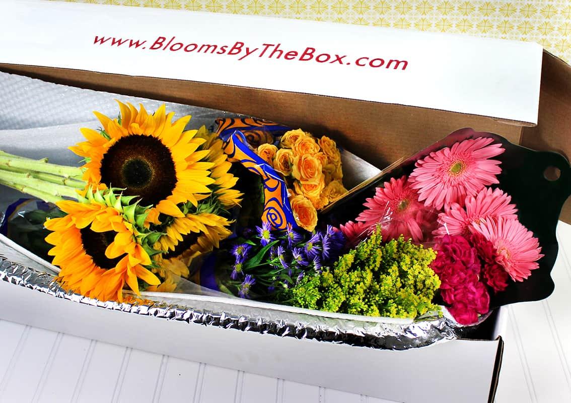 BloomsByTheBox-Packaging