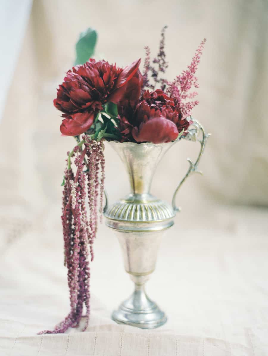 vintage red peony centerpieces