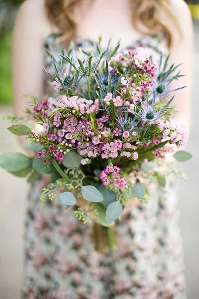 Rustic wedding bouquet style