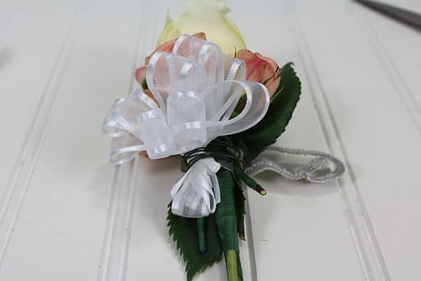 how to make a corsage 12