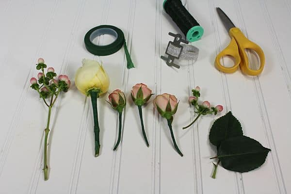 how to make a corsage 3