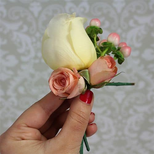 how to make a corsage 6