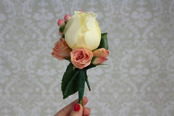 how to make a corsage 9