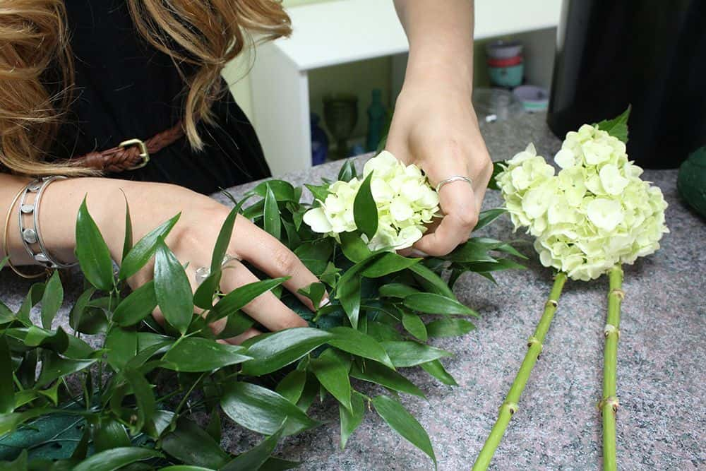 how to make a flower garland 6
