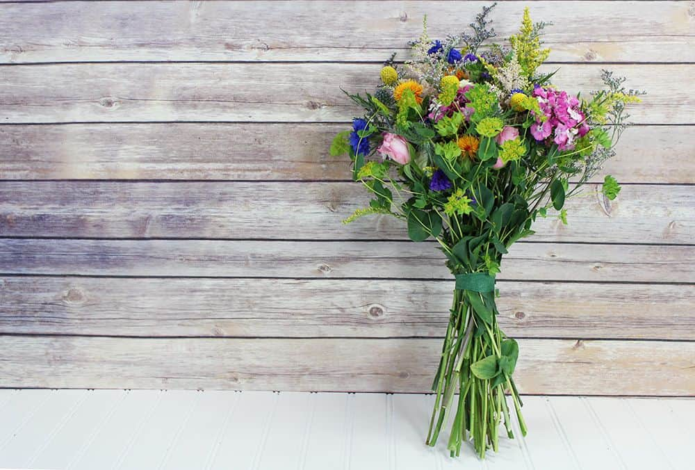 how to make a wildflower bouquet - final