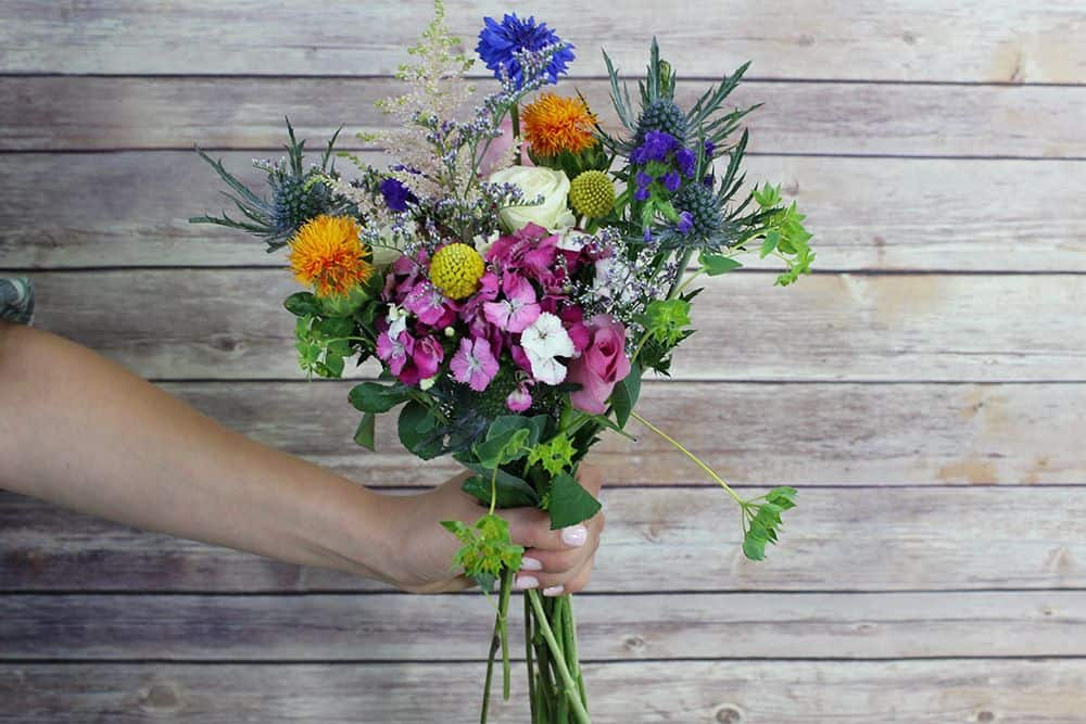 how to make a wildflower bouquet - second bunch 1000