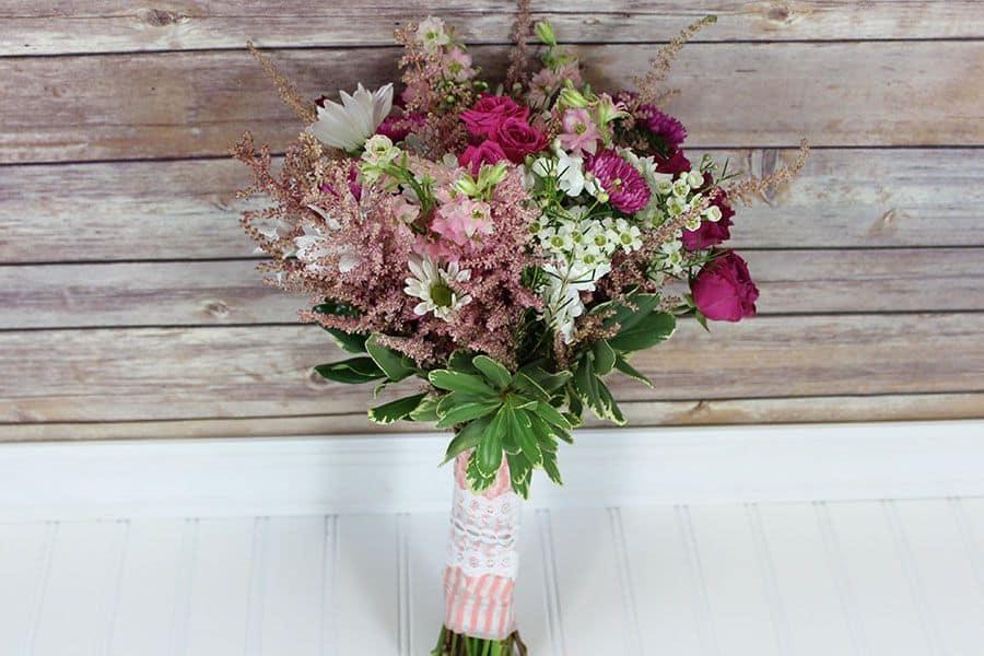DIY-Pink-Wildflower-Bouquet