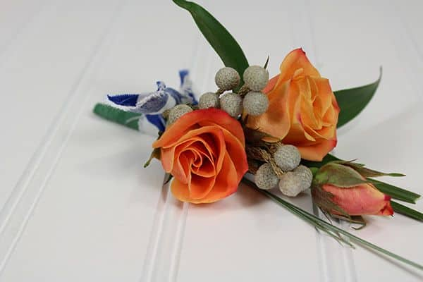 How to Make a Nautical Boutonniere