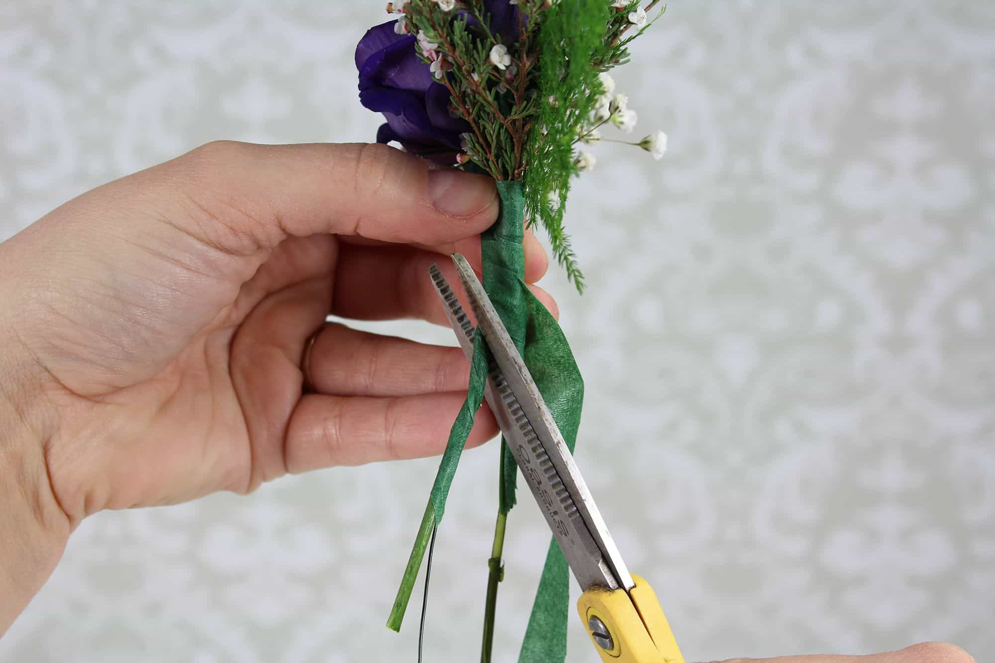 how-to-make-a-romantic-boutonniere-10