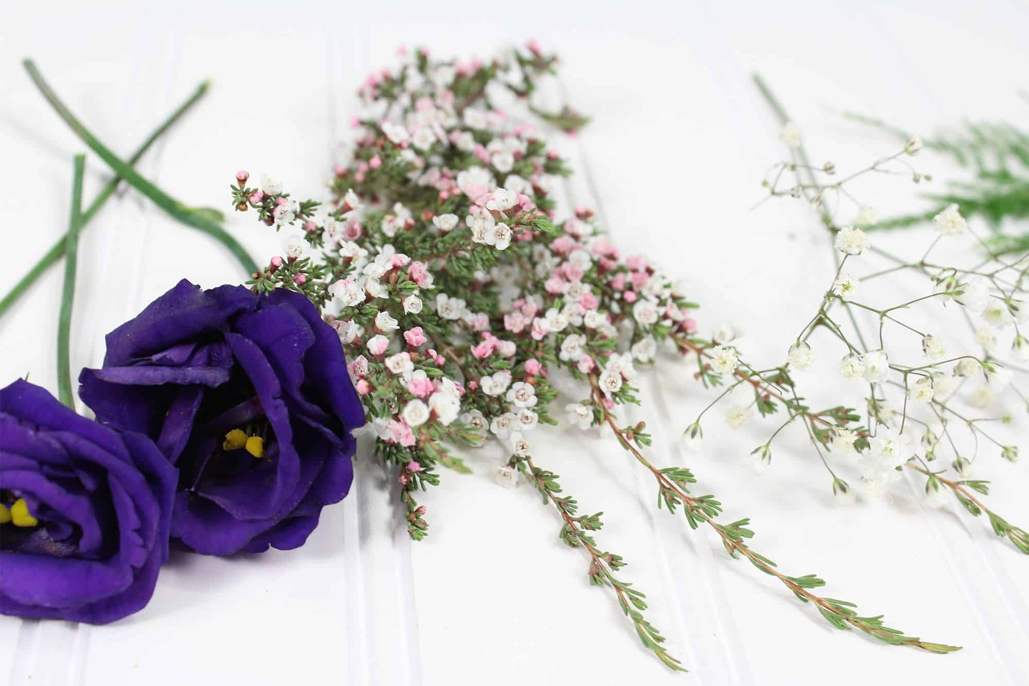 how-to-make-a-romantic-boutonniere-2