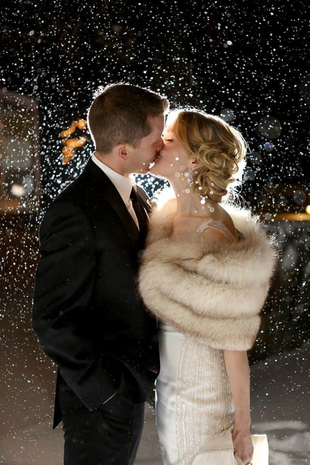 reasons to have a winter wedding snow