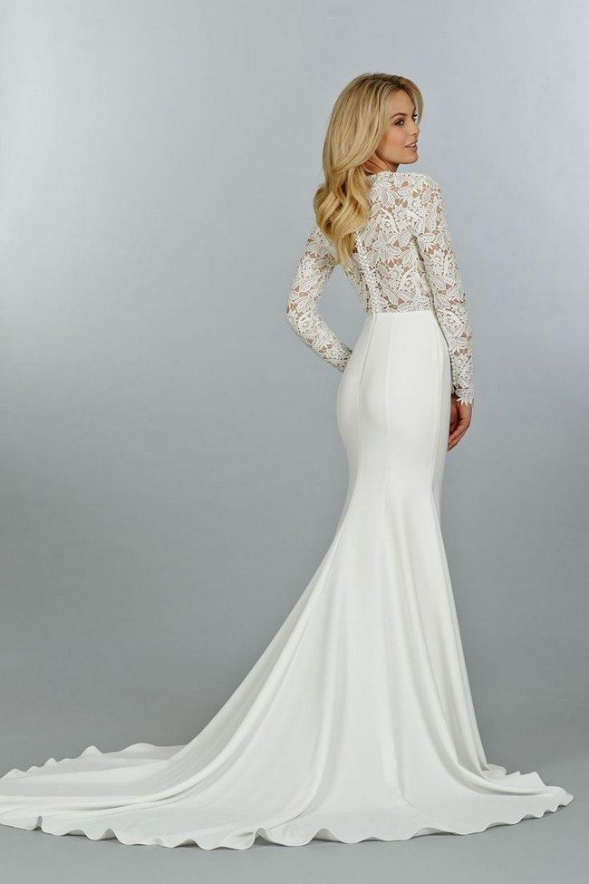 Totally-Stunning-Long-Sleeved-Wedding-Dresses-15