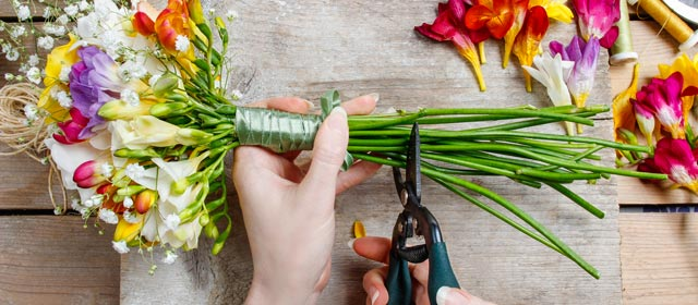 6 Things to AVOID When DIY'ing Wedding Flowers