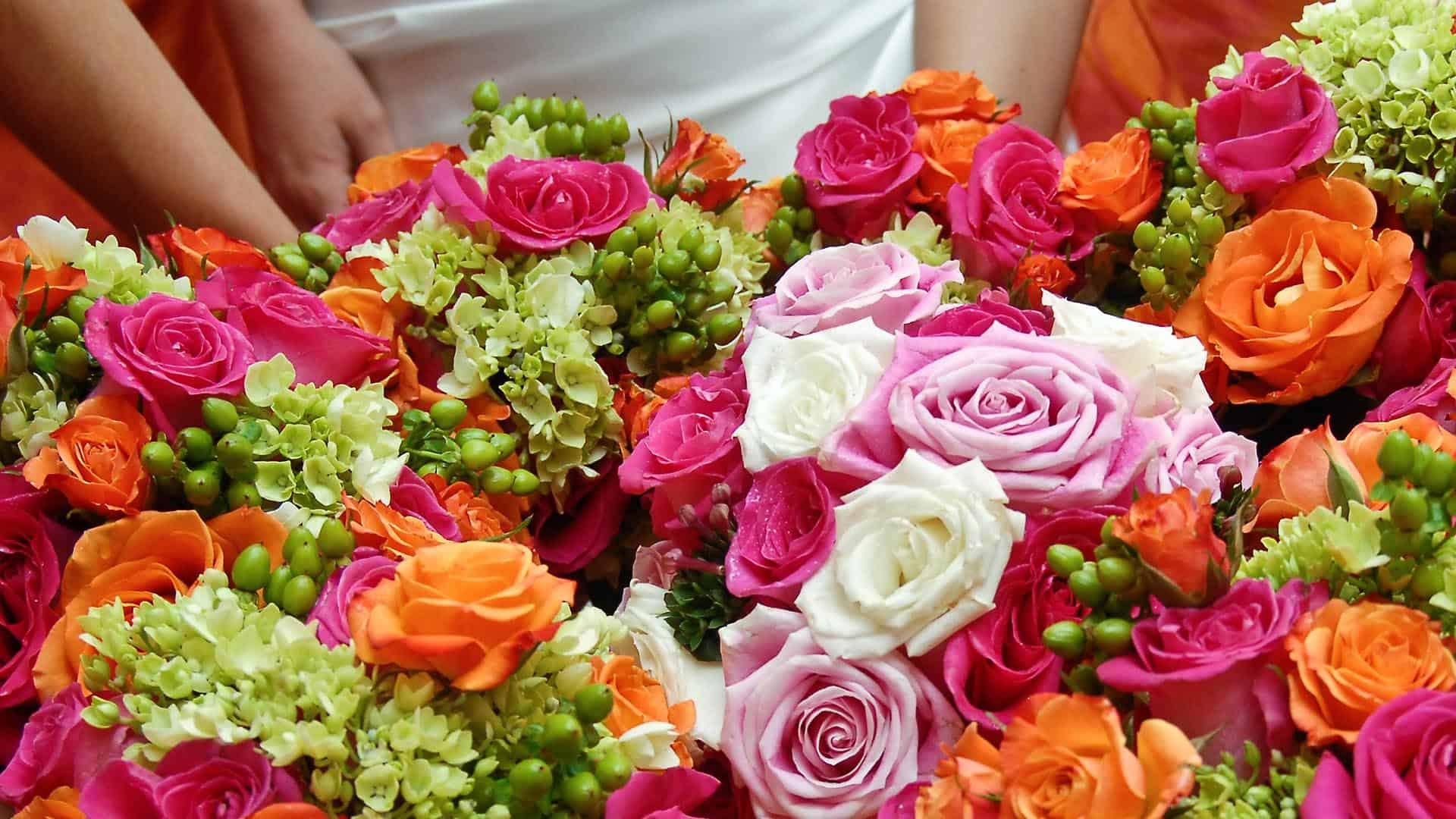 Types of Flowers for Bridal Bouquets and Wedding Centerpieces ...