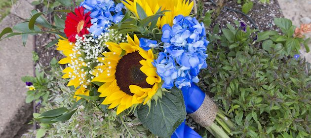 Yellow and Blue Springtime Wedding