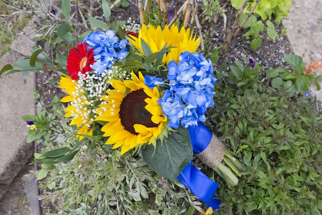 Yellow and Blue Springtime Wedding
