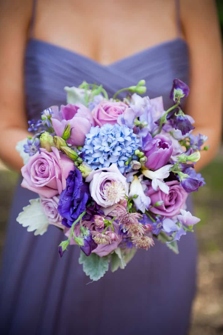 Wedding Flower Colors to Match Your Personality