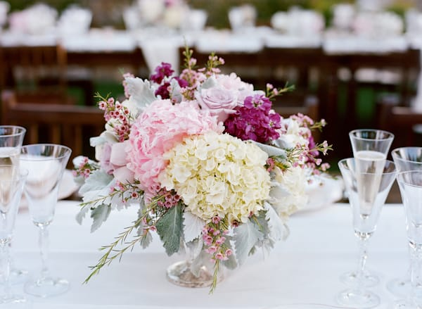 Romantic Wedding Flower Centerpiece Recipe Blooms By The Box
