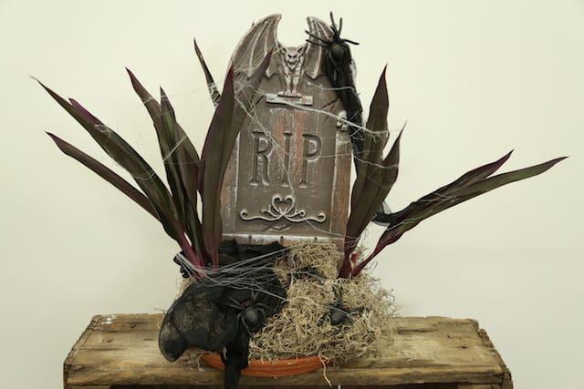 Haunting Halloween Tutorial Blooms by the Box Eddie Zaratsian