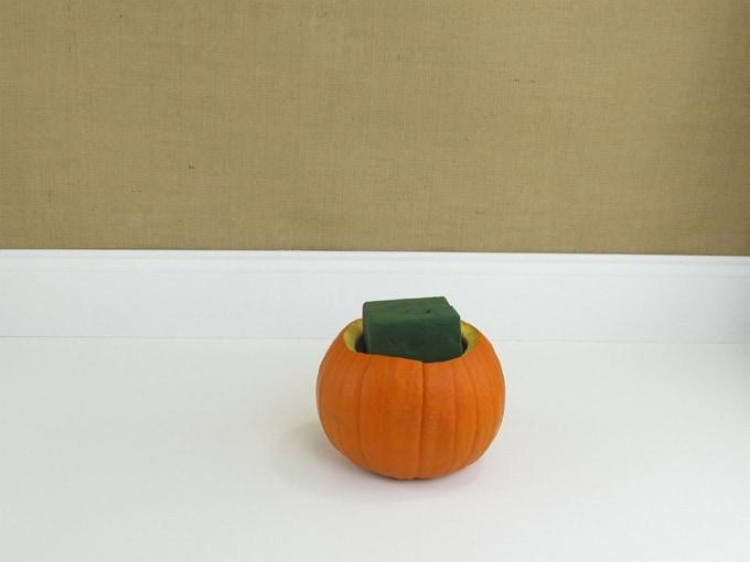 diy-pumpkin-arrangement-02