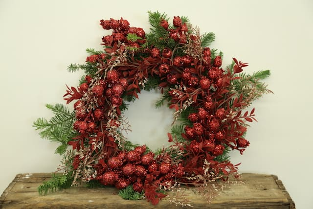 Red Berry Festive Holiday Wreath How-To