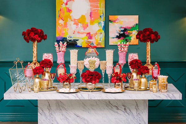 Hollywood Wedding, Luxury Wedding, Red Wedding, Tablescape, Wedding Inspiration, wedding candy bar