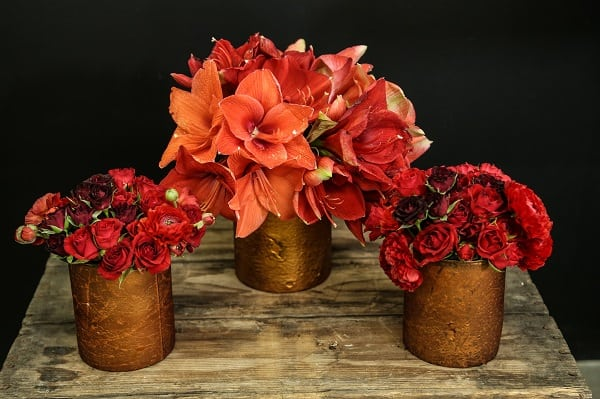 Red Floral Arrangement, Eddie Zaratsian, Blooms By The Box, Tablescape, Red flowers