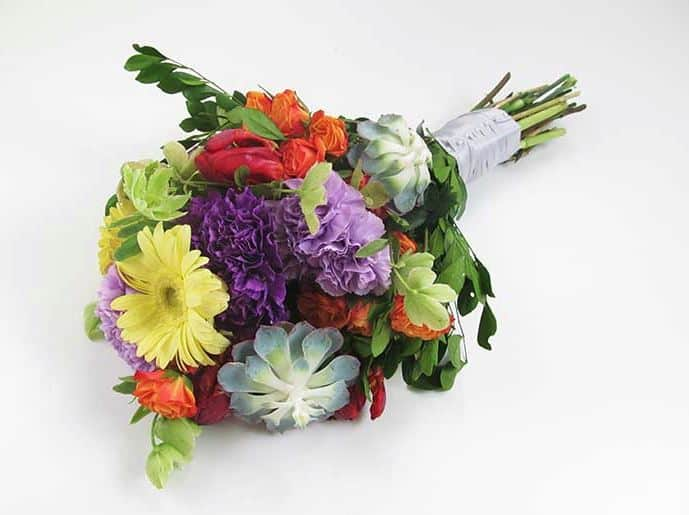 DIY Fun & in Love Rainbow Bouquet