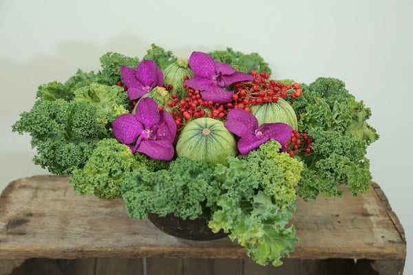 Kale and Squash Floral Arrangement, Eddie Zaratsian Tutorial, DIY Flowers, DIY Centerpiece, DIY Arrangement