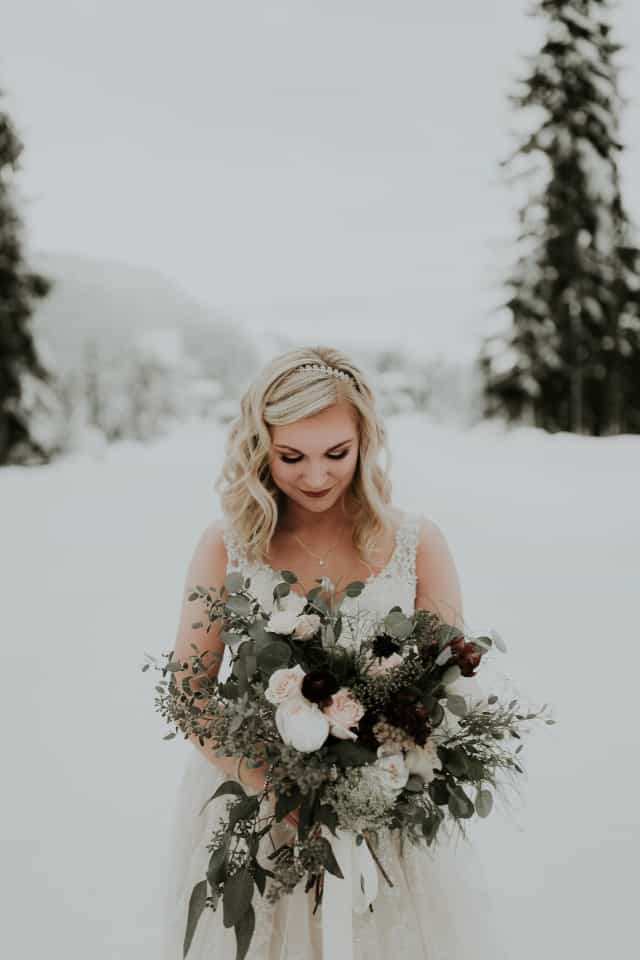 winter brides raise your hands