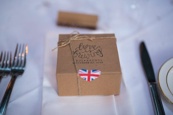 blooms by the box, england, wedding