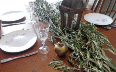 DIY Greenery Centerpiece featured in Rent My Wedding Magazine