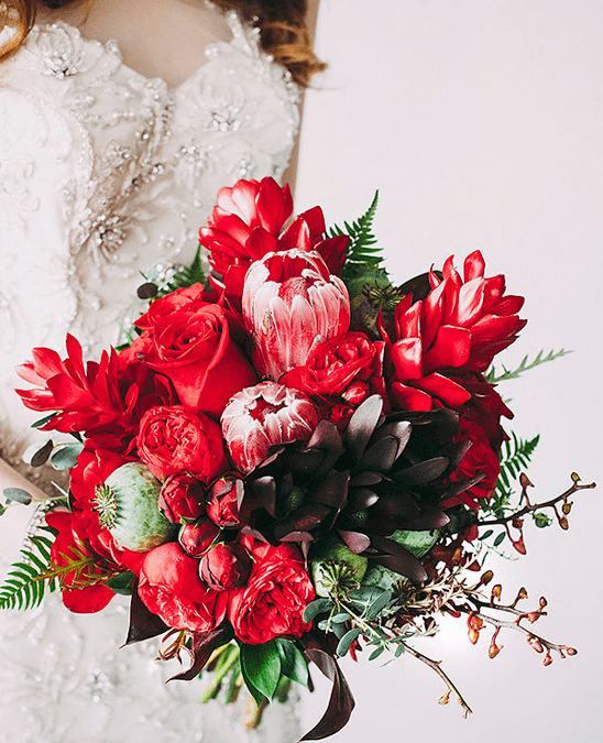 How to Incorporate Tropical Florals and Greens into your Winter Wedding
