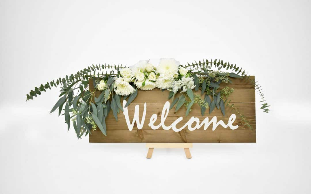 DIY Wedding Welcome Sign Featured on Emmaline Bride