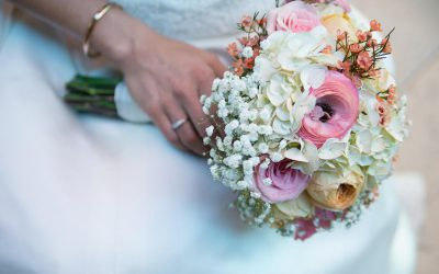 Save, Don't Splurge! Garden Rose & Raununculus Bouquet