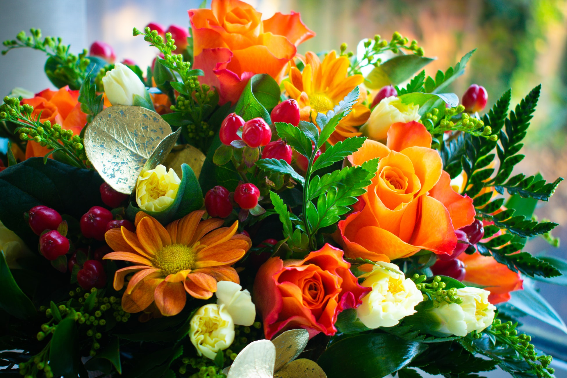 Flower Arrangements Shape And Form Blooms By The Box