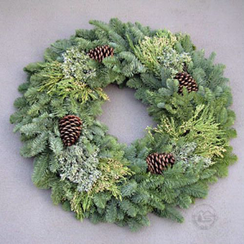 Deluxe Multi Cone Wreath 16
