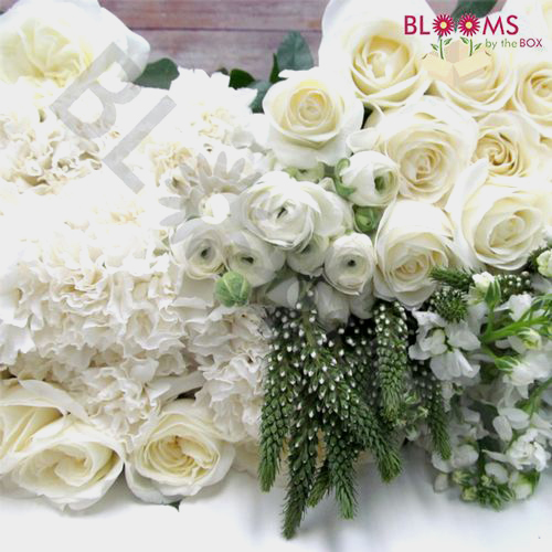 White flowers diy white wedding flowers bloomsbythebox artisan white diy wedding flower pack mightylinksfo